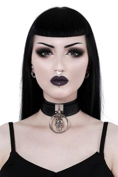Great Tips For People Who Want Perfect Skin. Healthy skin is free from acne, blemishes, and infection. Caring for the skin is crucial if you want it to be healthy. Goth Beauty, Dark Beauty, Beauty Makeup, Eye Makeup, Hair Makeup, Makeup Inspo, Makeup Inspiration, Alternative Makeup, Gothic Makeup