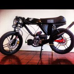 Bring back the moped. Garelli E50 Derbi Puch Moped SSXL