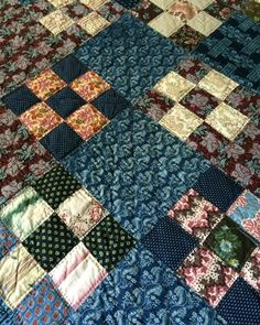 """Mint Antique Very Early 1830 1840 Patchwork Quilt w Linen Backing Awesome Fabri 