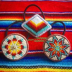 刺繍 #beads #オルテガ #ビーズ刺繍 #handmadeaccessories #handmade #ビーズ #beadswork #ネイティブ #ヘアゴム #エスニック