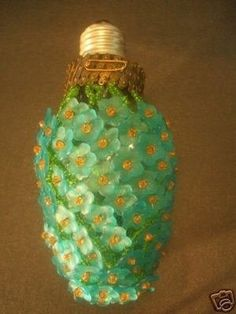 ANTIQUE CZECH BEADED VICTORIAN LIGHT BULB COVER SHADE (04/07/2007) - not jewelry but couldn't resist!!! Can you IMAGINE!!!