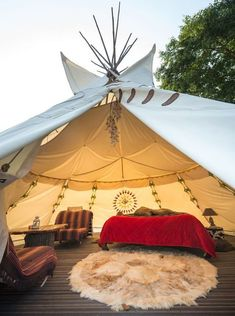 Glamping, luxury tourism in the heart of nature. Camping has reinvented itself and is now more desirable to ev.