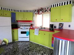 Bold Single Wide Makeover - Mobile and Manufactured Home Living Custom Closet Design, Closet Designs, Green Kitchen Cabinets, Kitchen Decor, Kitchen Design, Home Renovation, Home Remodeling, Single Wide Trailer, Trailer Park