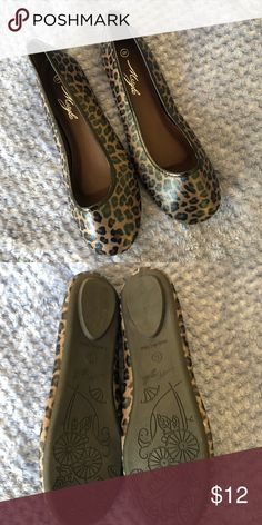 635b1de3ac9e NWOB slip on shoes. NWOB slip on shoes. Size 8. Brown and black leopard  print. Mstyle Shoes Flats & Loafers