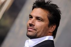 Manu Bennett - 'The Hobbit: The Desolation of Smaug' Premeres in Hollywood