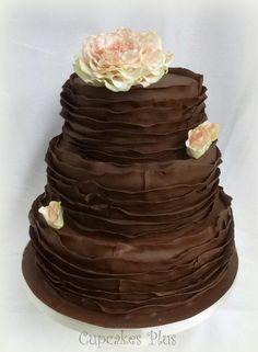 Chocolate Wedding cake - Cake by Janice Baybutt