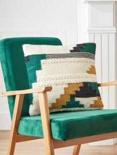 Crochet Cushion Cover, Crochet Cushions, Cushion Fabric, Cushion Covers, Printed Cushions, Decorative Cushions, Decorative Pillow Covers, Diy Pillows, Kilim Pillows