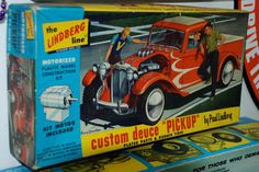 "Lindberg - Custom Deuce ""Pickup"" motorized model kit"