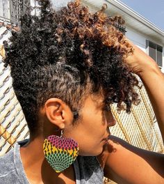 know I love earrings and I just had to show these off because they have a meaningful backstory A good sista-friend/colleague of Natural Short Cuts, Natural Hair Cuts, Natural Hair Styles, Short Natural Hairstyles For Black Women Tapered, Natural Tapered Cut, Short Curly Hair, Short Hair Cuts, Curly Hair Styles, Sassy Hair