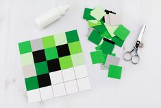 This easy, low-prep creeper craft is perfect for Minecraft fans of all ages. This paper craft includes a 3 free creative templates! Fun Crafts For Kids, Art For Kids, Arts And Crafts, Paper Crafts, Diy Crafts, Minecraft Art, Minecraft Crafts, Video Game Party, Party Games