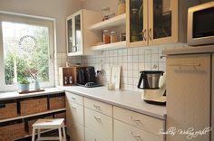 Küchenrenovierung Küchenschränke streichen mit Kreidefarbe