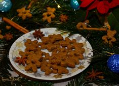 Sušenky s perníkovým kořením Gingerbread Cookies, Desserts, Food, Tailgate Desserts, Ginger Cookies, Deserts, Essen, Dessert, Yemek