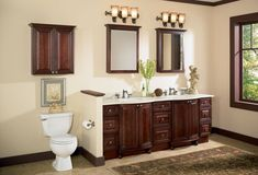 Bathroom Cabinet Ideas with Traditional Interior Accents - http://www.ruchidesigns.com/bathroom-cabinet-ideas-with-traditional-interior-accents/
