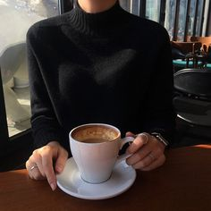 Image about fashion in Coffee & Tea Time by blondechanel Coffee Break, Coffee Time, Morning Coffee, Tea Time, Coffee Cups, Foto Still, Aesthetic Coffee, Coffee Photography, Coffee And Books