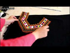Churidhar Neck Designs, Dress Neck Designs, Crochet Videos, Fashion Sewing, Sewing Patterns, Creations, Hair Beauty, Couture, Handmade