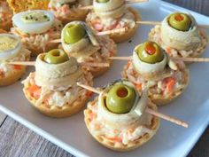 Yummy Appetizers, Appetizer Recipes, Canapes Faciles, Healthy Diners, Mango Avocado Salsa, Mini Sandwiches, Xmas Dinner, Easy Snacks, Food Lists