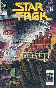 Star Trek Archives: The Best of Peter David (Star Trek Archives: Best of Peter David): The crew of the Enterprise must deal with the death of a colleague. Dc Comic Books, Comic Book Covers, Comics Online, Dc Comics, Spock And Kirk, Star Trek 1, Film Icon, Star Trek Original Series, Star Wars Comics