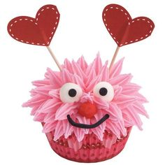 Cute Monster cupcake for a sweet Valentine treat   Get the instructions (Wilton)