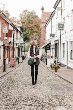 Discovering Hidden Gems in Tunbridge Wells - Fashion Mumblr Source by yvonnerichmond fashion london Fashion Mumblr, Fashion 2020, Fashion Looks, Fashion Outfits, All White Outfit, White Outfits, Fall Outfits, Tunbridge Wells, Classic Wardrobe