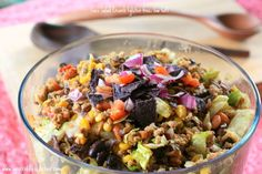An AMAZING Low Fat Gluten Free Taco Salad that has EVERYTHING from flavor to crunch!
