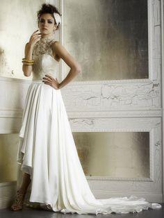 Junebug's Wedding Dress Gallery: Della Giovanna Wedding Dresses from the Fall 2014 Bridal Collection | via junebugweddings.com