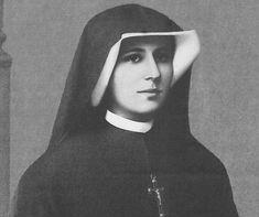 """Każda dusza czym grzeszyła, tym jest dręczona w straszny i nie do opisania sposób - pisała w """"Dzienniczku"""" św. s. Faustyna Kowalska. Wizja piekła, która"""