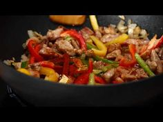 Tigaie rapida cu carne si legume - YouTube Easy Salad Recipes, Easy Salads, Crab Stuffed Avocado, Light Summer Dinners, Cottage Cheese Salad, Raw Broccoli, Salad Dishes, Cold Pasta, Seafood Salad