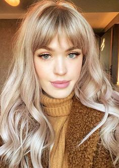 Explore the fantastic shades of beige blonde hair colors for long hair to show off in current year. Beige Blonde Hair Color, Brown Blonde Hair, Blonde Hair With Bangs, Blonde Hair With Fringe, Blonde Wig, Hair Color Blondes, Makeup For Blonde Hair, Hair Ideas For Blondes, Highlighted Blonde Hair