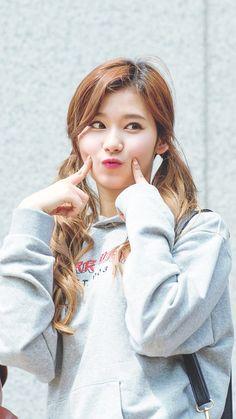 sana twice at DuckDuckGo Nayeon, Kpop Girl Groups, Korean Girl Groups, Kpop Girls, Twice Dahyun, Tzuyu Twice, Sana Kpop, K Pop, Sana Cute