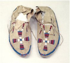 Moccasins were Susan's favorite clothing item of all time! Native American Moccasins, Native American Clothing, Native American Artifacts, Native American Beadwork, Native American History, Native American Indians, Native Americans, Beaded Moccasins, Crow Art