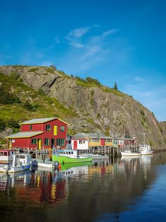 Travel Writers' Secrets: Top Newfoundland Travel Tips, Canada Ottawa, Newfoundland Canada, Newfoundland And Labrador, Newfoundland Recipes, Vancouver, Alberta Canada, Solo Travel, Travel Tips, Travel Packing