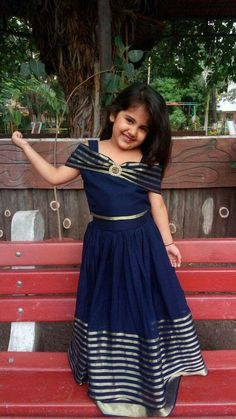 Navy Blue Anarkali With Off Shoulder Band For Kids Long Dress Design, Girls Frock Design, Kids Frocks Design, Baby Frocks Designs, Baby Dress Design, Gown Frock Design, Kids Lehanga Design, Frock Dress, Frock Patterns