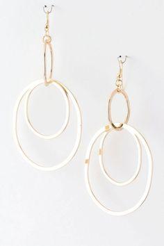 Need these on my ears nowwww. I Love Jewelry, Jewelry Box, Jewelery, Jewelry Accessories, Fashion Accessories, Fashion Jewelry, Jewelry Ideas, Diamond Design, Designer Earrings
