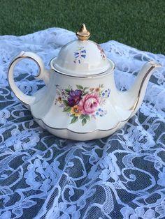 Sadler Carousel Teapot by SentimentalThisnThat on Etsy https://www.etsy.com/listing/258050831/sadler-carousel-teapot