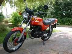 My 1981 Honda CB250RS, fastest single 250 of the time, but a hell to kick over.