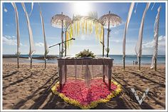 Details of the Kuta Beach wedding