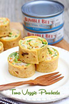 Tuna Veggie Pinwheels loaded with avocado, carrots, lettuce, cheese and Bumble Bee tuna. #TunaStrong #CG Ad