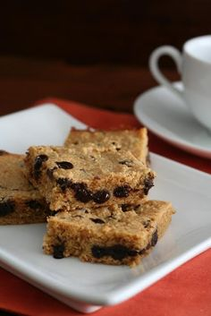 The peanut butter, it calls to you. The chocolate, it calls to you. Don't fight these Sugar-Free Peanut Butter Chocolate Chip Blondies - gluten-free too!