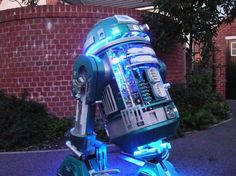 R2-D2 rediseñado  –  Nerdgasmo