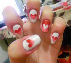 Gradient heart nail design
