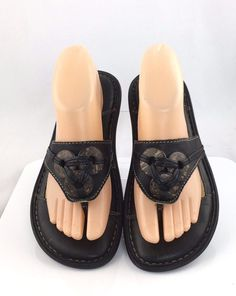 Born Thong Sandals size US 8 EU 39 Black Leather Flip Flops casual flats #Brn #FlipFlops #Casual