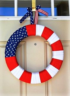 Super easy 4th of July ribbon wreath-love it!!