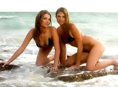 black-hefs-twins-nude-pics