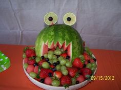 Fruit Monster at a Monster Party #monster | http://my-party-ideas-collections.blogspot.com