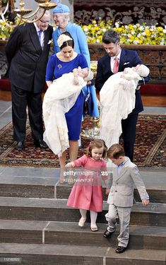 The Danish Crown Prince couple hold their three-month-old twins. Denmark Royal Family, Danish Royal Family, Crown Princess Mary, Prince And Princess, Princess Josephine Of Denmark, Old Prince, Danish Royalty, Royal Babies, Royal House