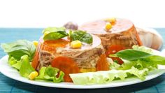 meat aspic Cake Shapes, Russian Recipes, Cute Cakes, Camembert Cheese, Jelly, Tacos, Appetizers, Meat, Ethnic Recipes