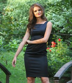 Rochie de seara scurta din saten elastic #yokkoinspiration #yokkothefashionstore #dress #fallwinter2015 #yokkoromania #fw15 #onlineshopping #fashion #madeinromania #outfit #feminity