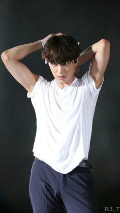 Baekhyun, Kaisoo, Exo Kai, Chen, Hottest Guy Ever, Kim Minseok, Exo Members, Parks, People