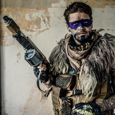 Inspiration for Tekalli warrior [Picture from F.A.T.E. - The postapocalyptic Larp - 2013 in Mahlwinkel/Germany]