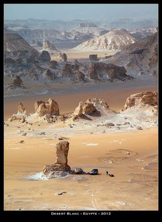 The White Desert in Egypt / News / Kazakh Geographic Society Landscape Photos, Landscape Photography, Desert Landscape, Desert Dunes, Beautiful World, Beautiful Places, Egypt News, Deserts Of The World, Desert Oasis